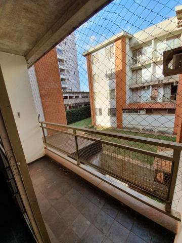 Alugar Apartamento / Padrão em Ribeirão Preto. apenas R$ 159.000,00
