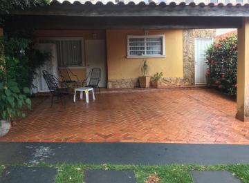 Alugar Casa / Condomínio - térrea em Ribeirão Preto. apenas R$ 390.000,00