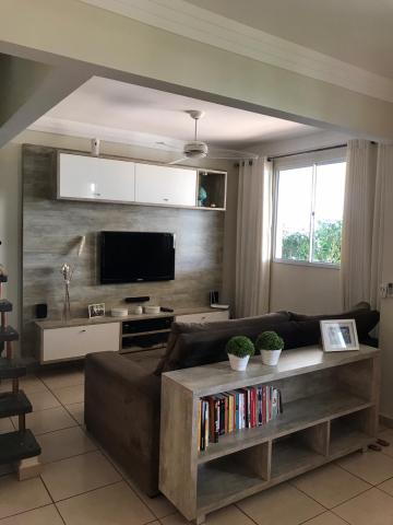 Alugar Casa / Condomínio - sobrado em Ribeirão Preto. apenas R$ 480.000,00