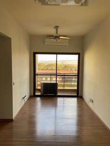 Apartamento / 02 OU 03 ANDARES em Ribeirão Preto Alugar por R$1.000,00