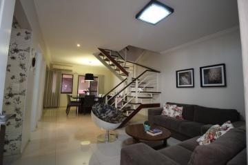 Alugar Casa / Condomínio - sobrado em Ribeirão Preto. apenas R$ 530.000,00