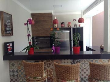 Alugar Casa / Condomínio - sobrado em Ribeirão Preto. apenas R$ 580.000,00